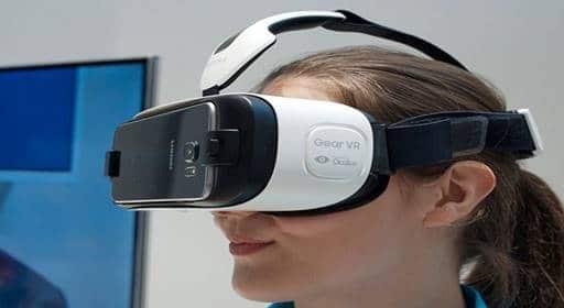 Kính thực tế ảo- Dịch vụ ảo